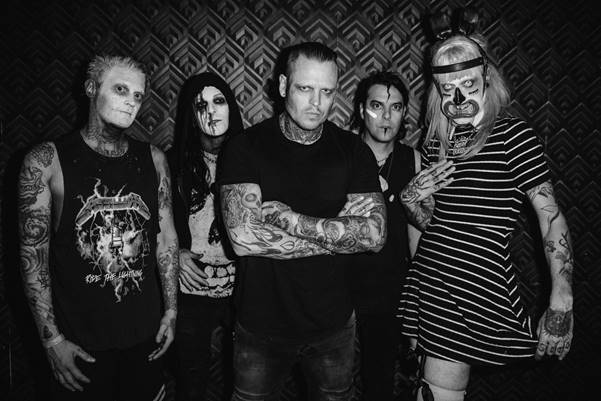 Bringing the Mayhem with COMBICHRIST