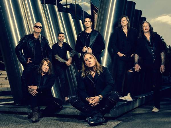 "HELLOWEEN kick off pre-order for new single ""Skyfall"""